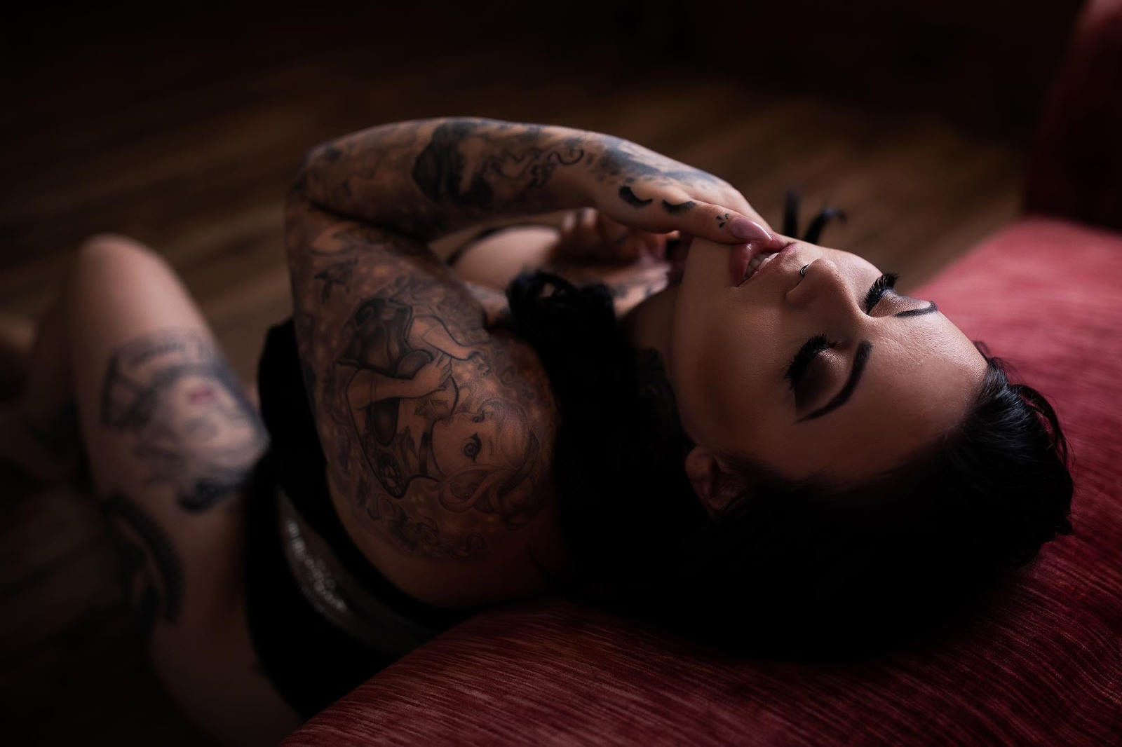 woman with tattoos empowering sexy session